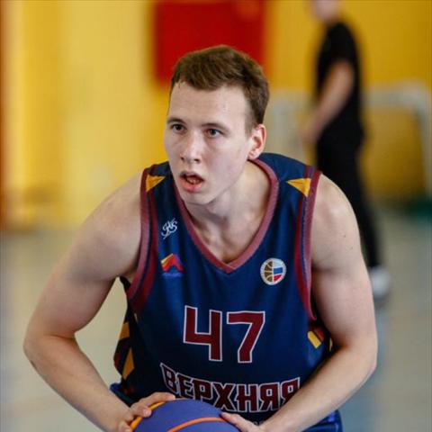 Maksim Karpenko