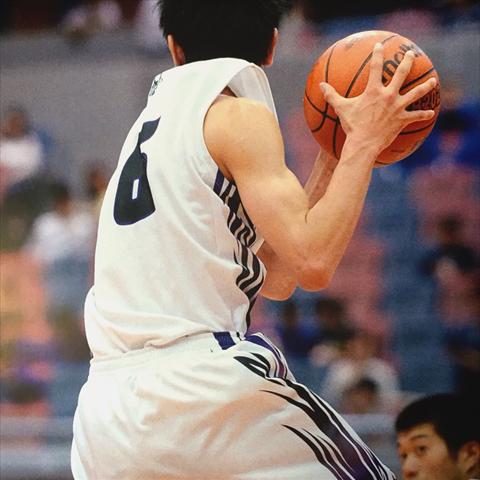 Minori Adachi