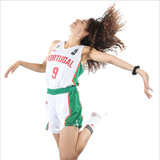 Profile of Laura Oliveira Ferreira