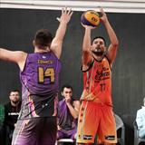 Profile of Martín Calvo