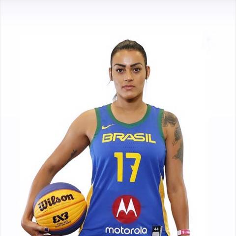 Julia Carvalho